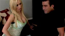 blonde nikki benz seduced male grosse breasts and fucking