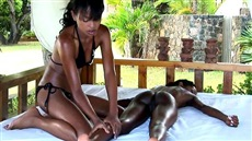 Naked Masseuse Brought To Orgasm Black Girl With Protruding Nipples Slim Porn Free Massage Porn Videos